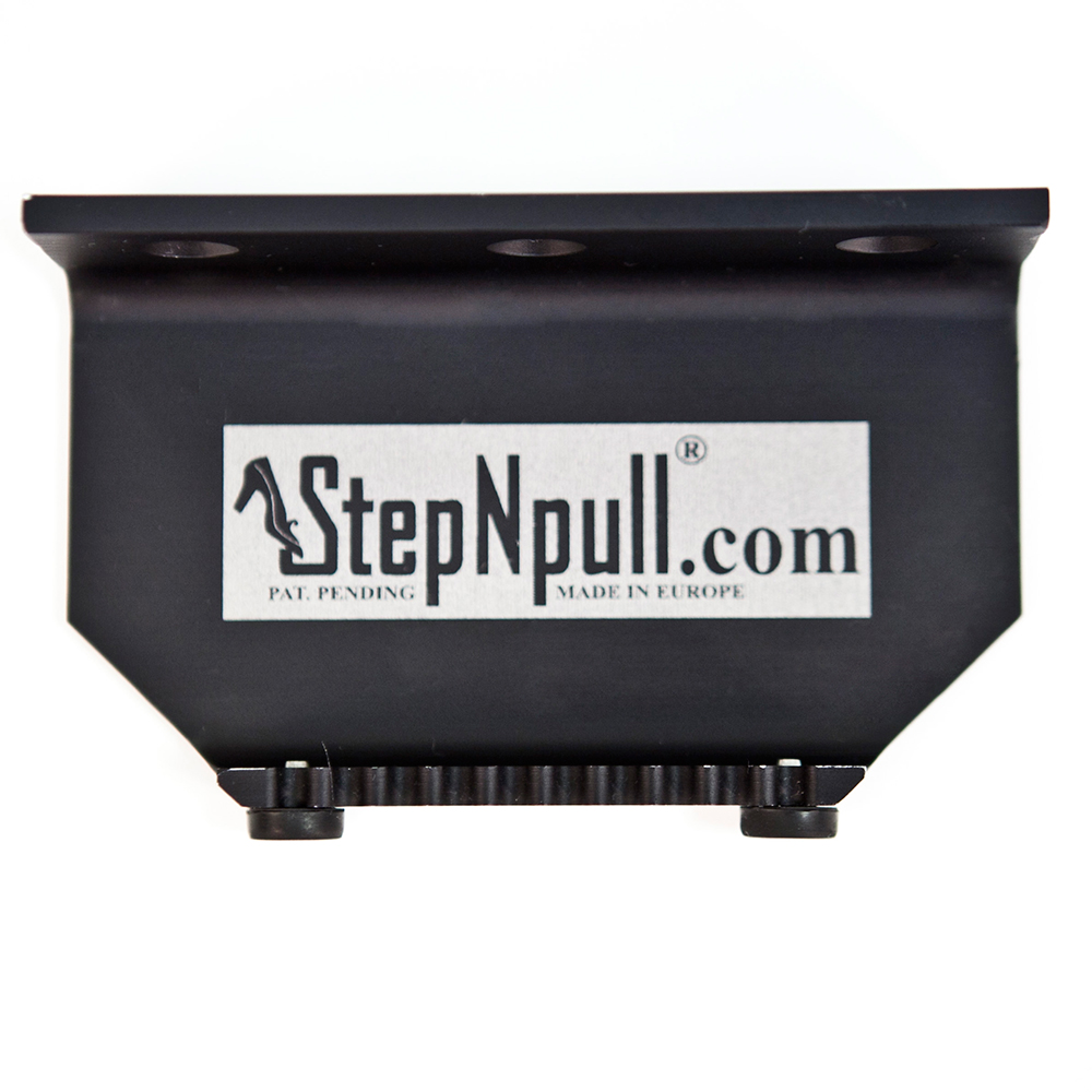 black-1-stepnpull